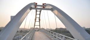 примеры использования нержавейки в объектах инфраструктуры