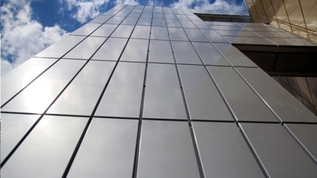 фасад из нержавейки